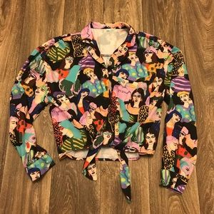 Long sleeve button up crop top patterned L